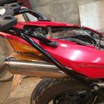 Honda VFR 800 Крепление центрального кофра
